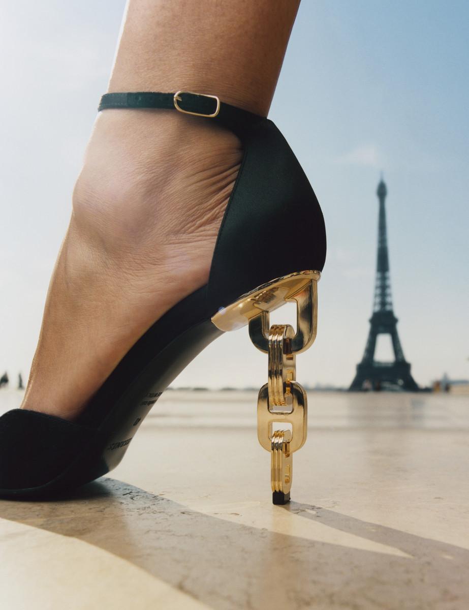 Vogue Paris — © , Charles Negre